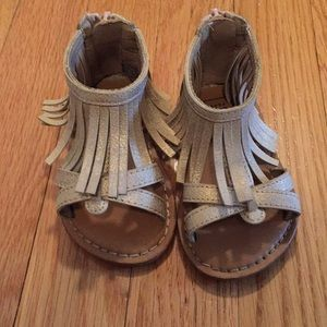 Gap toddler size 5 sandals